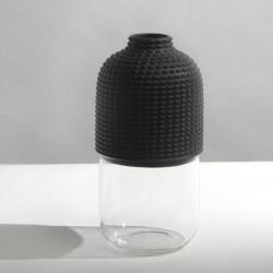 Wazon czarny chapeaux pour vase 1